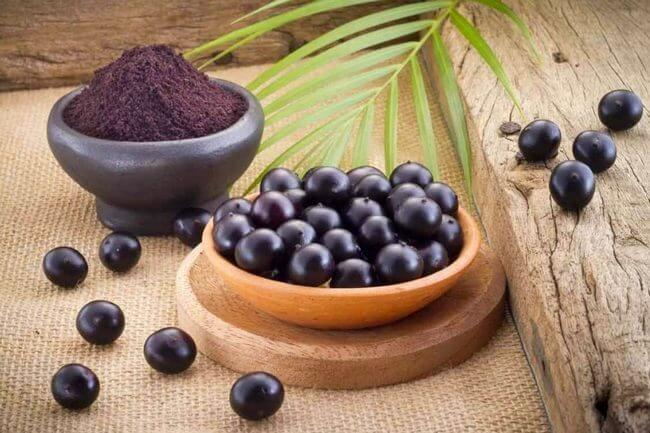 полезные-свойства-ягоды-АСАИ